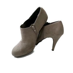 IMPO high heeled suede platform ankle boot SZ: 7